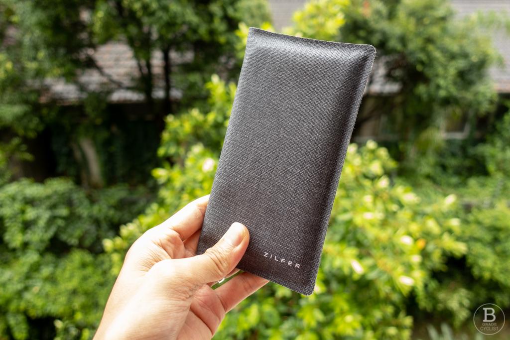 The Zilfer phone wallet.