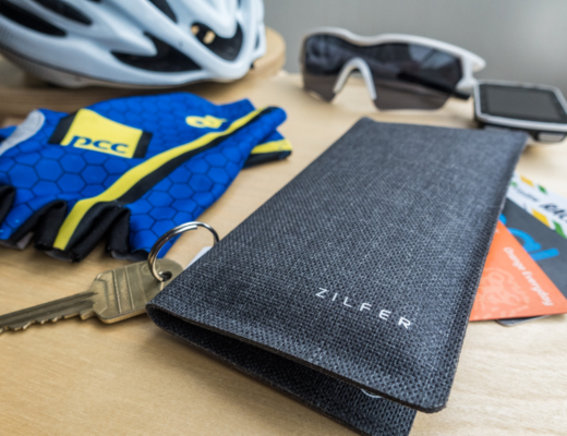 Zilfer Phone Wallet Review - with cards, keys and cycling equipment